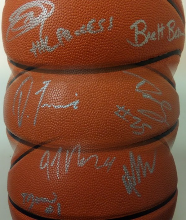 "This mint Spalding NBA basketball comes signed by 13 members of this up and coming team superbly in silver. ALL of the biggies are included here like EMBIID, SIMMONS, SARIC, FULTZ, REDICK, MCCONNELL, COVINGTON, COACH BROWN,ETC.. A must for fans of ""the Process"" in Philly and retails in the high hundreds/low thousands and rising fast. Guaranteed authentic."