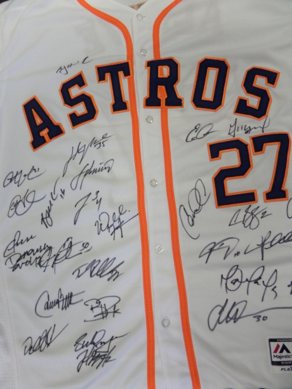 This mint 2017 home white is trimmed in blue and orange team colors, has sewn on everything as well as name on back, and comes front side signed by everyone! It grades a clean bold 10 all over, shows off EZ from 25+ feet away, and value of this historic MLB showpiece is thousands. All of the big names are here, and as always, our minimum is just that!