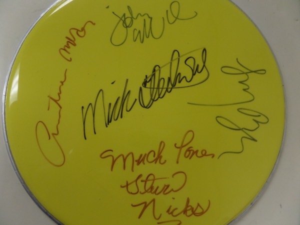 This mint yellow head is about 15 inches in size and comes sharpie signed by all 5 HOF rock stars. It grades a sharp 9, shows off well from 30 feet away, and even has a Vintage Sports lifetime LOA and added hologram for assurance. I see signatures from both McVeighs, Stevie Nicks, Lindsay Buckingham and of course, drummer Mick Fleetwood. Wow, what a super cool, super nice pop music item.