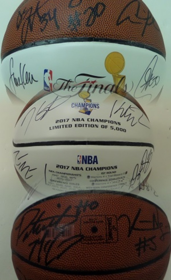 This amazing display ball was special made, in Golden State team colors, and with the 2017 NBA Finals logos screened on, and to honor the world champs. It is all leather, full-sized, well designed and made by Spalding, and comes hand signed by everyone! I see 16 signatures in all, Green, Steph Curry, Kerr, Iggy and the rest are here, and value on this Lee approved beauty is $2500.00. It is sure to make any owner proud, and is part of a long sold out, numbered limited edition.