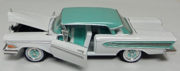 "This STUNNING collector's item is part of the July 2019 Coach's Corner ""Carfest!""  It is a MINT 1:32 scale beautiful replica of a 1958 Ford Edsel Citation, with fabulous attention to detail, and sits in a NM lucite case for display.  A MUST for collectors, and retail is into the hundreds!"