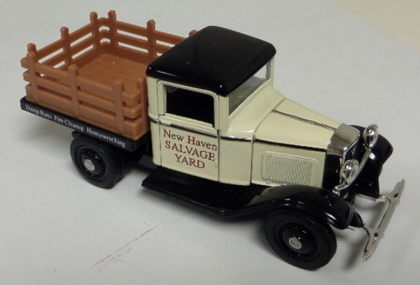 "This STUNNING collector's item is part of the July 2019 Coach's Corner ""Carfest!""  It is a MINT 1:32 scale beautiful replica of a green 1934 Ford Closed Cab Platform Truck, with fabulous attention to detail, and sits in a NM lucite case for display.  A MUST for collectors, and retail is into the hundreds!"