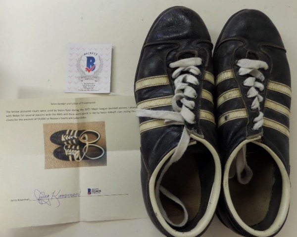 This well used pair of MLB shoes belonged to, and were worn by HIOF pitcher Nolan Ryan in 1971, and for his NY Mets. They were sold by teamate and Big league pitcher Jerry Koosman years ago, and his own hand signed letter, authenticated and hologrammed by Beckett, accompanies. Great chance, impossible to find vintage HOF'ers pieces, and value is close to 3 grand we believe.