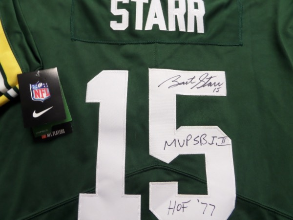 This authentic-style green Packers jersey is MINT and comes signed by this star QB on the back numbers in black sharpie. Even better, he has included his #15 and MVP SB I,II and HOF '77 with his autograph! Ideal for the Pack collector and retails in the mid-high hundreds+ with his recent passing. AWESOME!