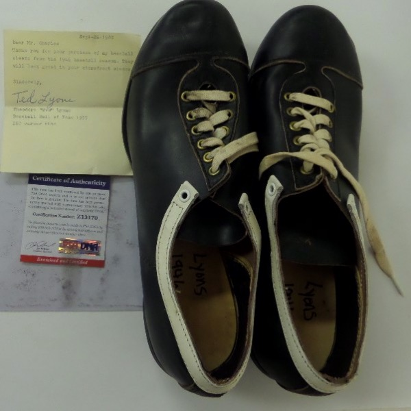 "This super game used lot is a vintage black leather pair of the late HOF pitchers spikes, and come with not only his hand signed note attesting to them, but PSA/DNA's approval as well via their lifetime numbered COA, and added hologram to the note itself. Wow...High value, yet NO reserve here at the ""Corner"" on this Cooperstown worthy display lot."