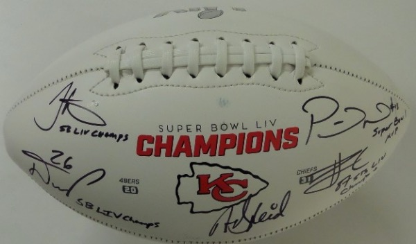 This Kansas City Chiefs Super Bowl LIV Champions logo commemorative white panel football is in NM/MT condition, and comes black sharpie-signed by 5 main cogs from the championship squad.  Included are Head Coach Andy Reid, MVP QB Patrick Mahomes, and Tyreke Hill, Damien Williams, and Travis Kelce.  AWESOME Chiefs item, ready for display, and valued into the very high hundreds!