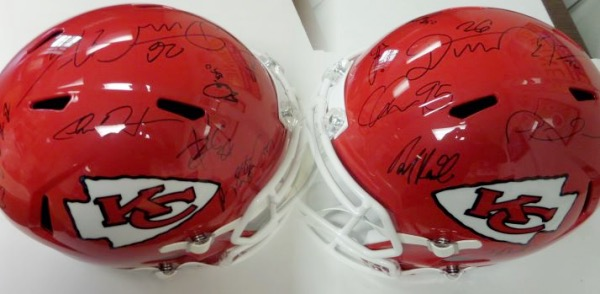 This mint Riddell full-size Speed helmet comes signed by over 20 members of this Super Bowl bound team with ALL of the big names included. Signatures are NICE and included are coach Reid, Mahomes, Hill, Kelce, Williams, Helaire, Mathieu, etc..  Guaranteed authentic and by the time this auction goes they could be Super Bowl CHamps again!